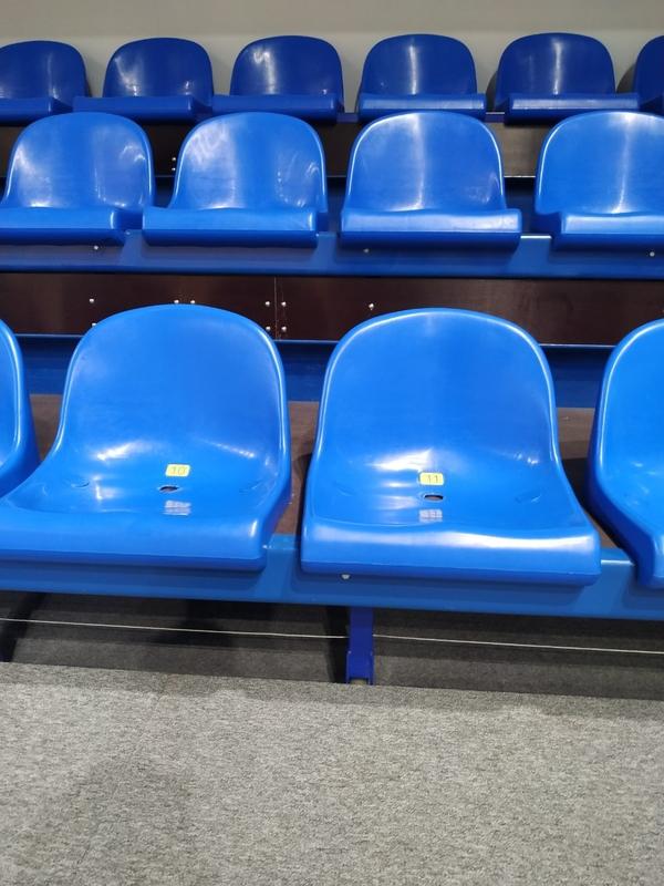 Сидения,  кресла для театров,  кинотеатров,  стадионов от производителя 5